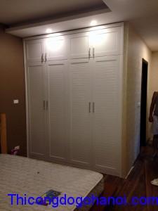 Tủ áo âm tường gỗ tự nhiên TA09