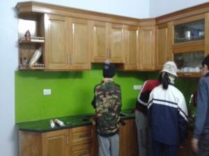 Tủ bếp gỗ tự nhiên đẹp TB 01
